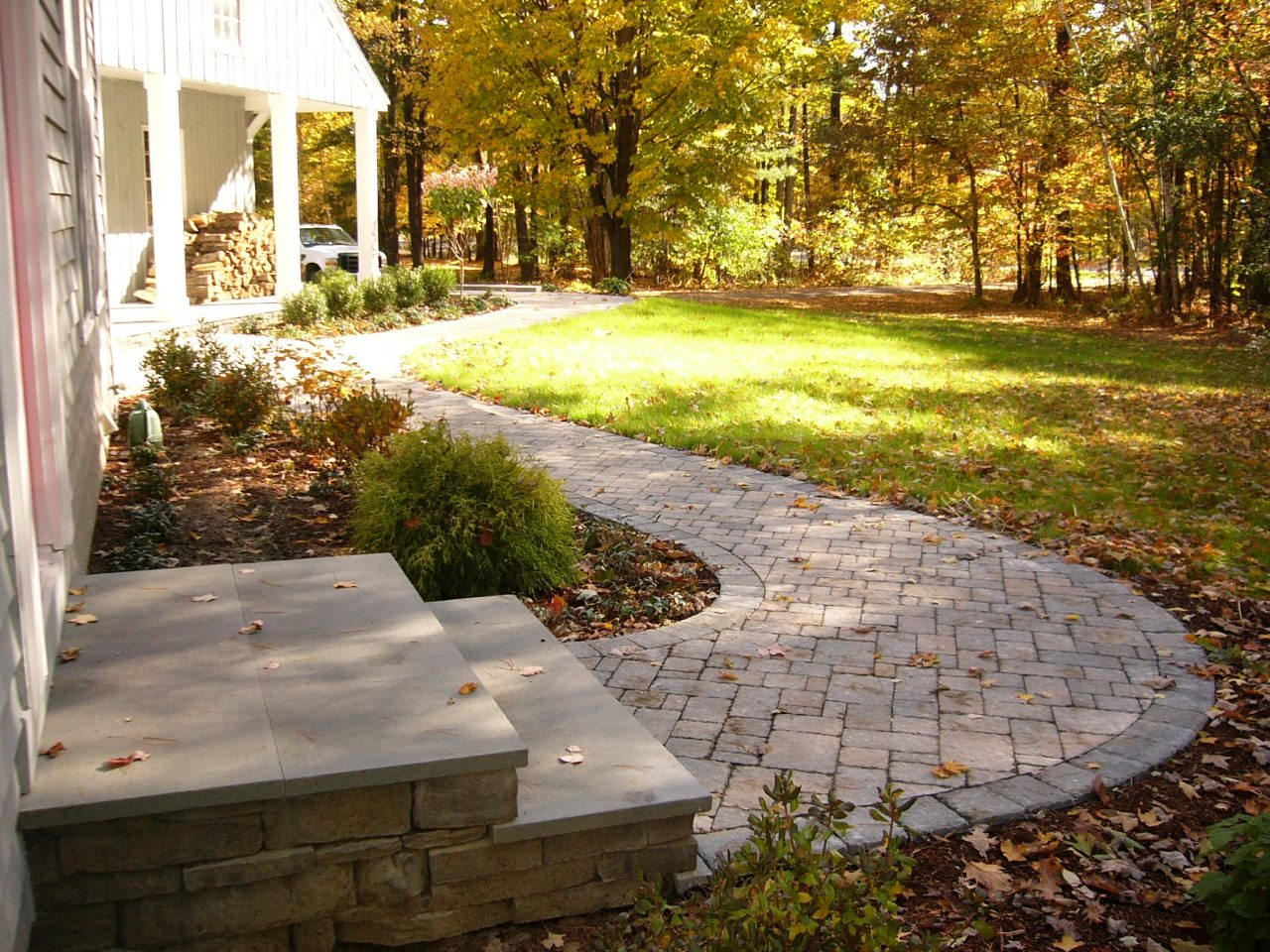 Hardscape Services: Freestanding and retaining walls, Walkways ...