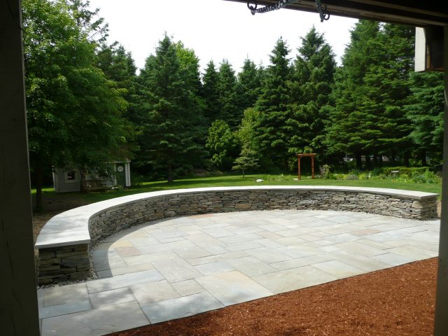 Hardscape Services Freestanding And Retaining Walls